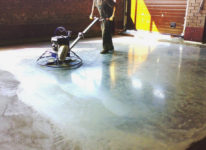 Заливка и шлифовка бетонного пола