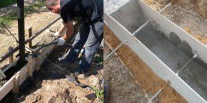 Как сделать опалубку под забор своими руками?