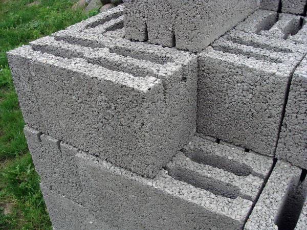 Из чего лучше строить дом пенобетон или керамзитобетон бетон на гравии купить